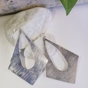 Jewelry - Brushed Texture Silver Diamond shape Earrings